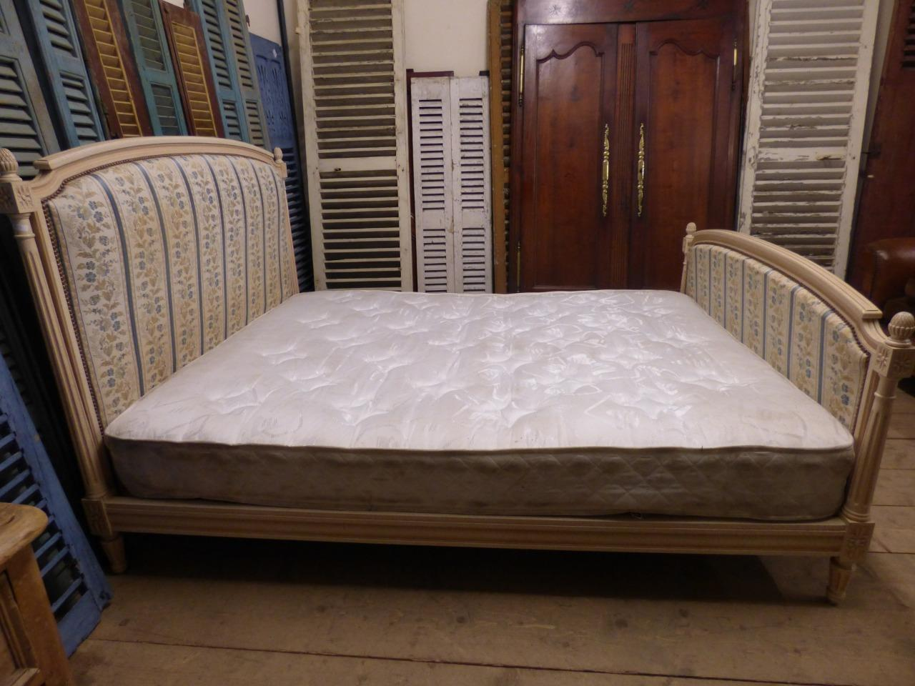 King Size Vintage.Vintage King Size French Bed G33